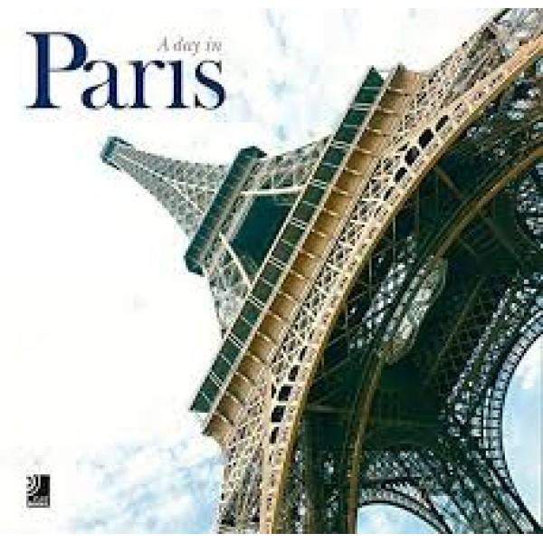 A Day in Paris. Con 4 Music CDs